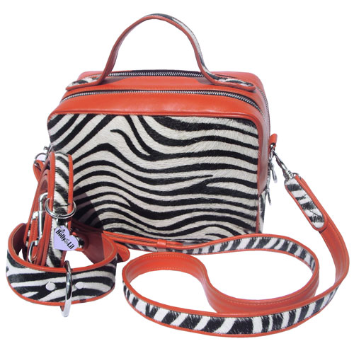 Holly&Lil Dog Walking Handbags<br>Dress as smartly as your dog!